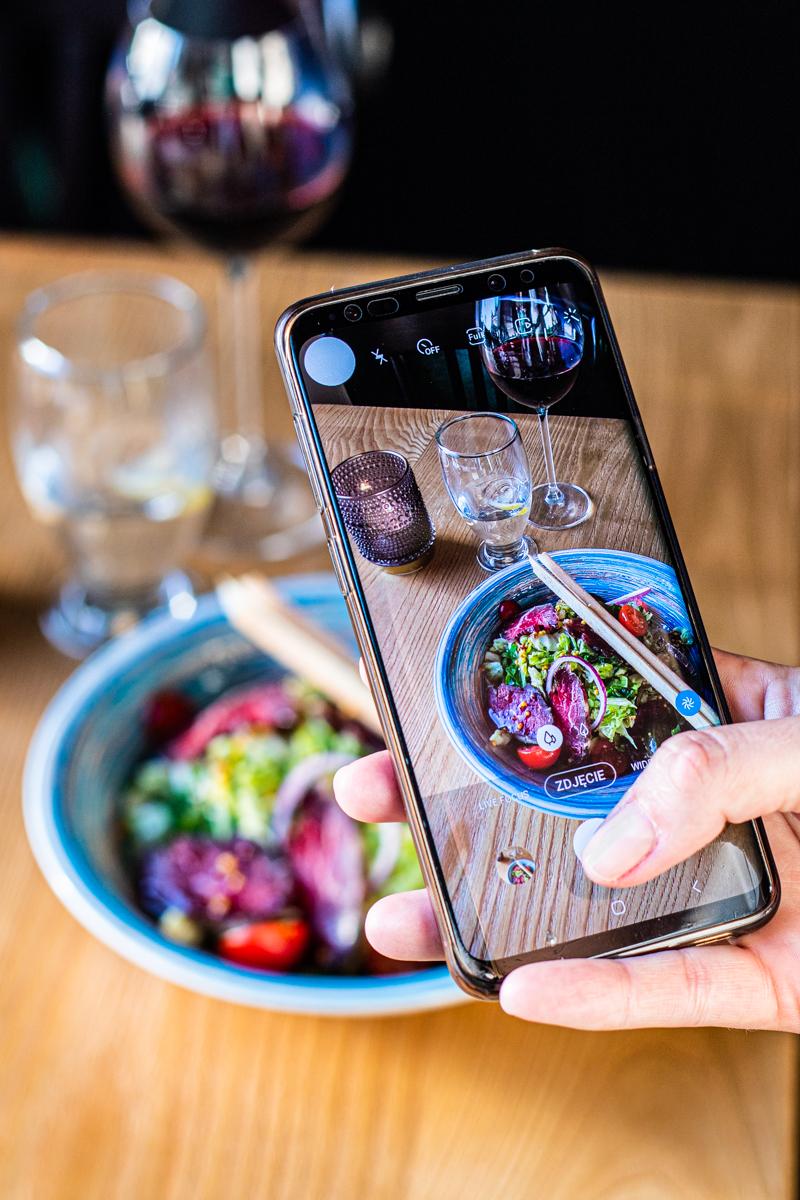 zdjęcia jedzenia telefon
